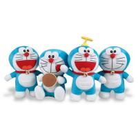 Grosse peluche Doraemon (Modèle aléatoire)