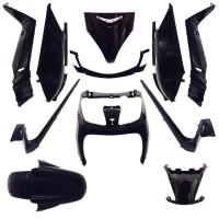carenage maxiscooter adaptable yamaha 125 xmax 20062009/mbk 125 skycruiser 20062009 noir brillant (kit 11 pieces) -p2r-