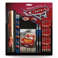 DISNEY CARS SD Set scolaire : regle 15 cm, 2 crayons, gomme, taille-crayon, 5 crayons de couleur, 2 stylos, 1 bloc-notes