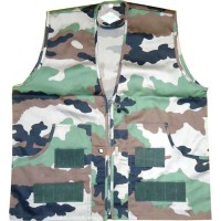 TERRITOIRE CHASSE Gilet 4 poches - Motif camouflage