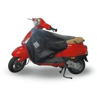 TUCANO URBANO Surtablier Scooter ou Moto Adaptable R153 Noir