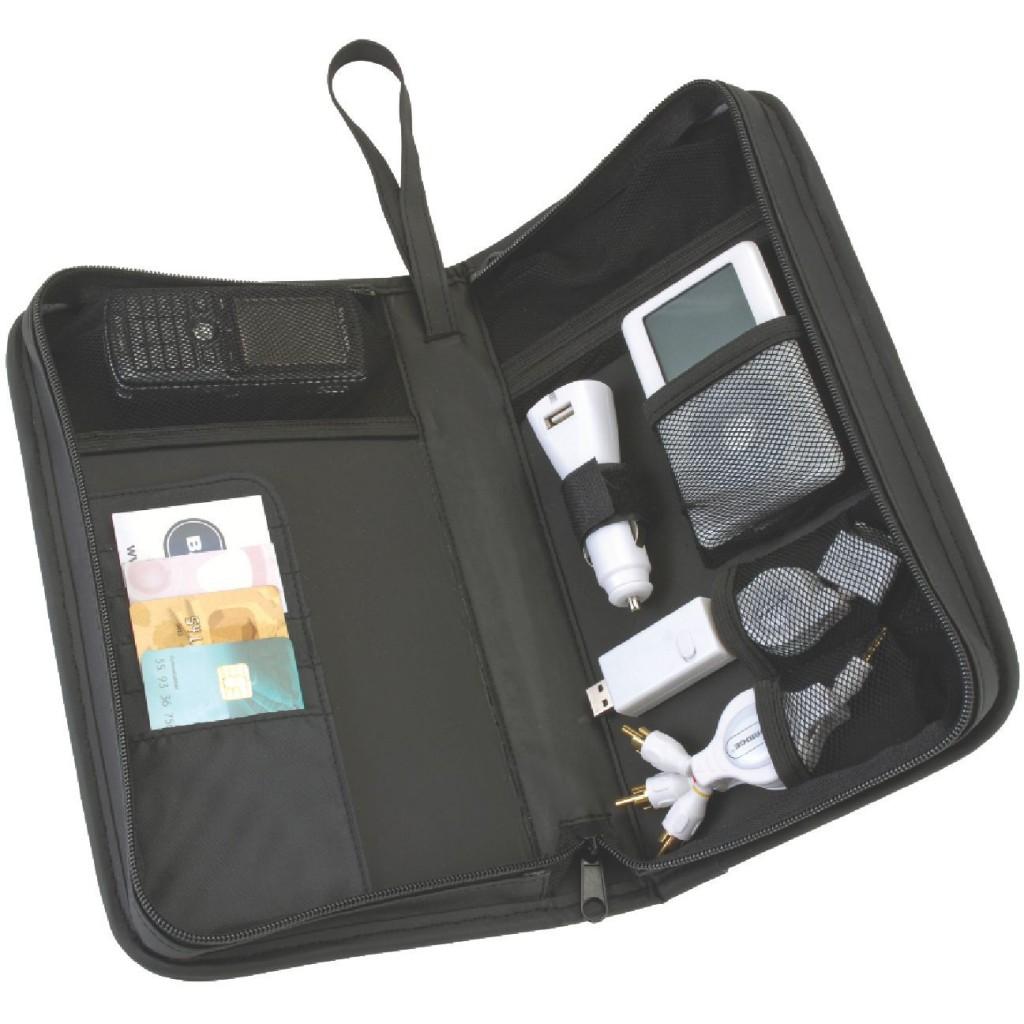 39074 kit de voyage pour ipod prot gez votre appareil avec ce kit le sac de protection comprend. Black Bedroom Furniture Sets. Home Design Ideas